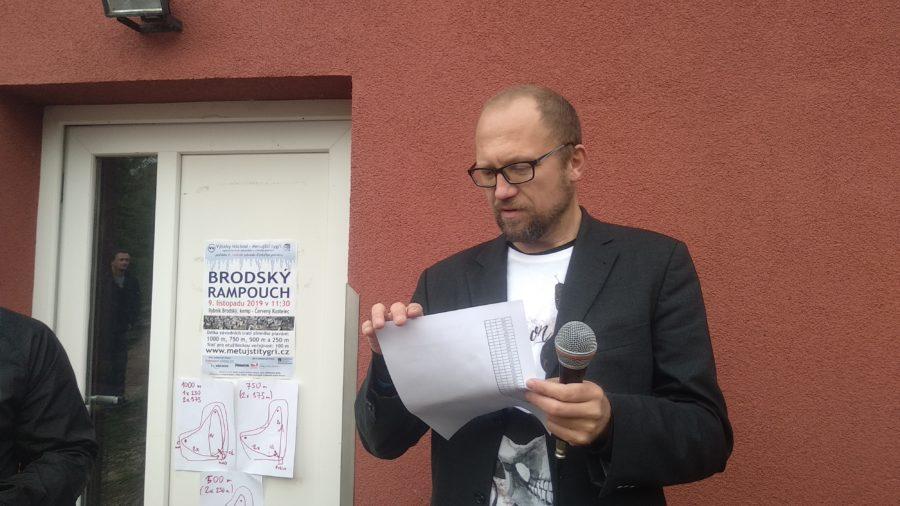 ředitel soutěže otužilců Václav Pačesný, Rumchalpa 2019